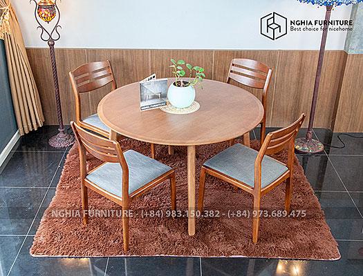 Bàn ghế ăn tròn Classic-Vega